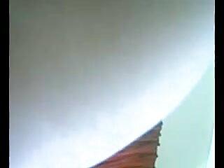 वेबकैम ब्लू मूवी एचडी पर सिल्वर हील्स दिखावा