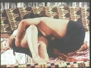 सेलिब्रिटी सेक्सी फिल्म हिंदी फुल एचडी स्ट्रिपटीज संकलन