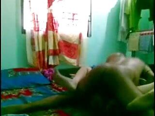 शरारती शौकिया milf बेकार है और सेक्सी मूवी एचडी हिंदी में सह शॉट के साथ fucks