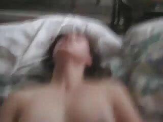 एमआईएलए के साथ किसी न किसी ब्लू मूवी एचडी गुदा सेक्स अधोवस्त्र और मोज़ा में कपड़े पहने