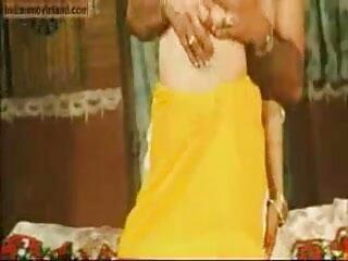 मोजे में बेबे पिलाई जाती है सेक्सी मूवी हिंदी में फुल एचडी