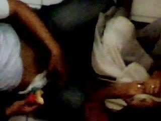 नग्न किशोर जिमनास्ट एक्स एक्स वीडियो एचडी मूवी कामुक कसरत दिखाता है