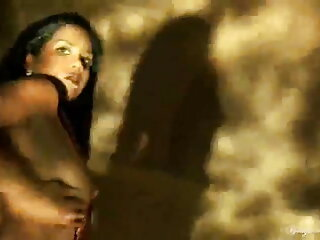 माँ हस्तमैथुन करती है सेक्सी वीडियो एचडी मूवी