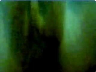 मम्मी हिंदी मूवी एचडी सेक्सी वीडियो रेडर 2002