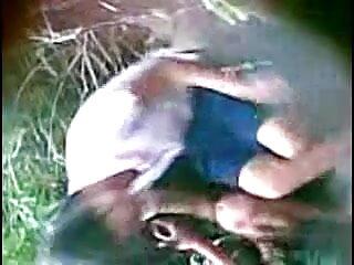 सुनहरे बालों वाली पत्नी क्रिस्टल कुछ मुर्गा बेकार सेक्सी फिल्म फुल एचडी में है