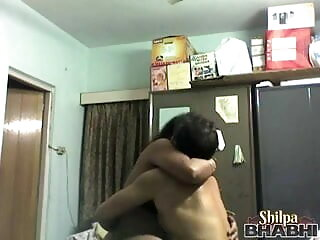 अच्छे बड़े स्तन के साथ प्यारा फूहड़ खराब कर हिंदी मूवी एचडी सेक्सी वीडियो दिया