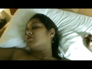 एक कठिन काला मुर्गा हिंदी सेक्सी मूवी एचडी पर भारी स्तन के साथ संचिका लड़की