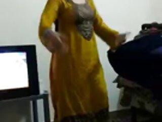 अवा दोनों छेद सेक्सी वीडियो एचडी मूवी हिंदी में में क्रीम ले रही है।