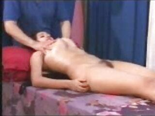 ट्रेन पर सेक्सी यूक्रेनी हिंदी सेक्सी फुल मूवी एचडी में nymphet किशोर