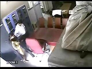 चेरी बिस्तर पर गर्म किशोर बहकाया और सेक्सी मूवी एचडी हिंदी उसे dildo के साथ fucks
